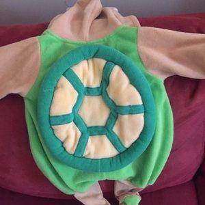 Little infant turtle costume